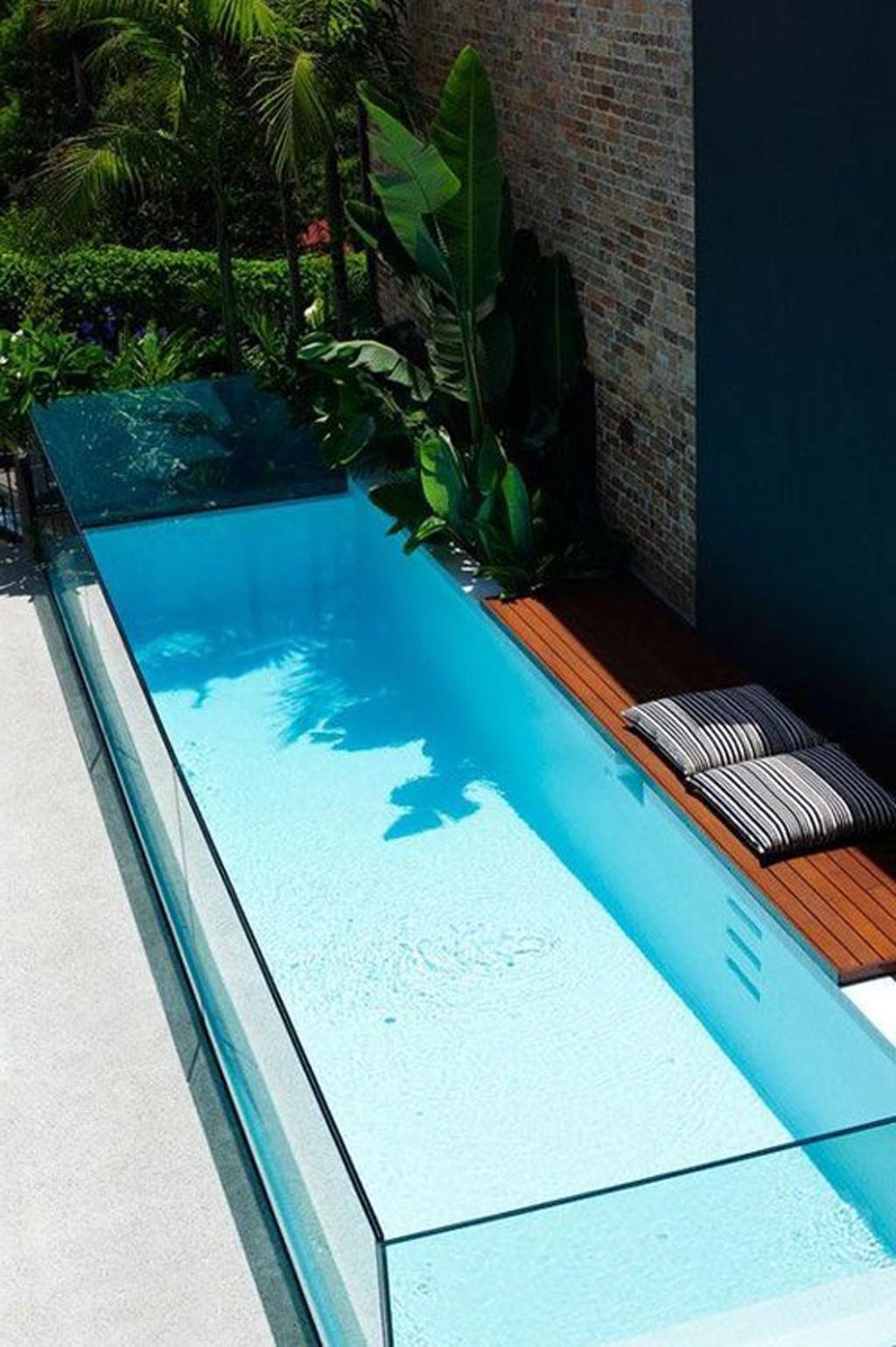 Cependant, cela dépend vraiment de la complexité et de la qualité du projet de piscine semi-enterrée.