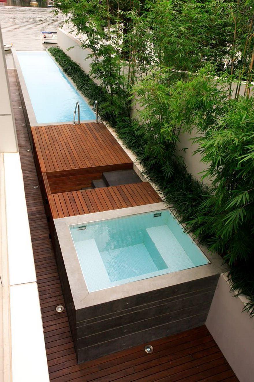 En effet, pour construire une piscine creusée, votre cour doit être complètement à plat.