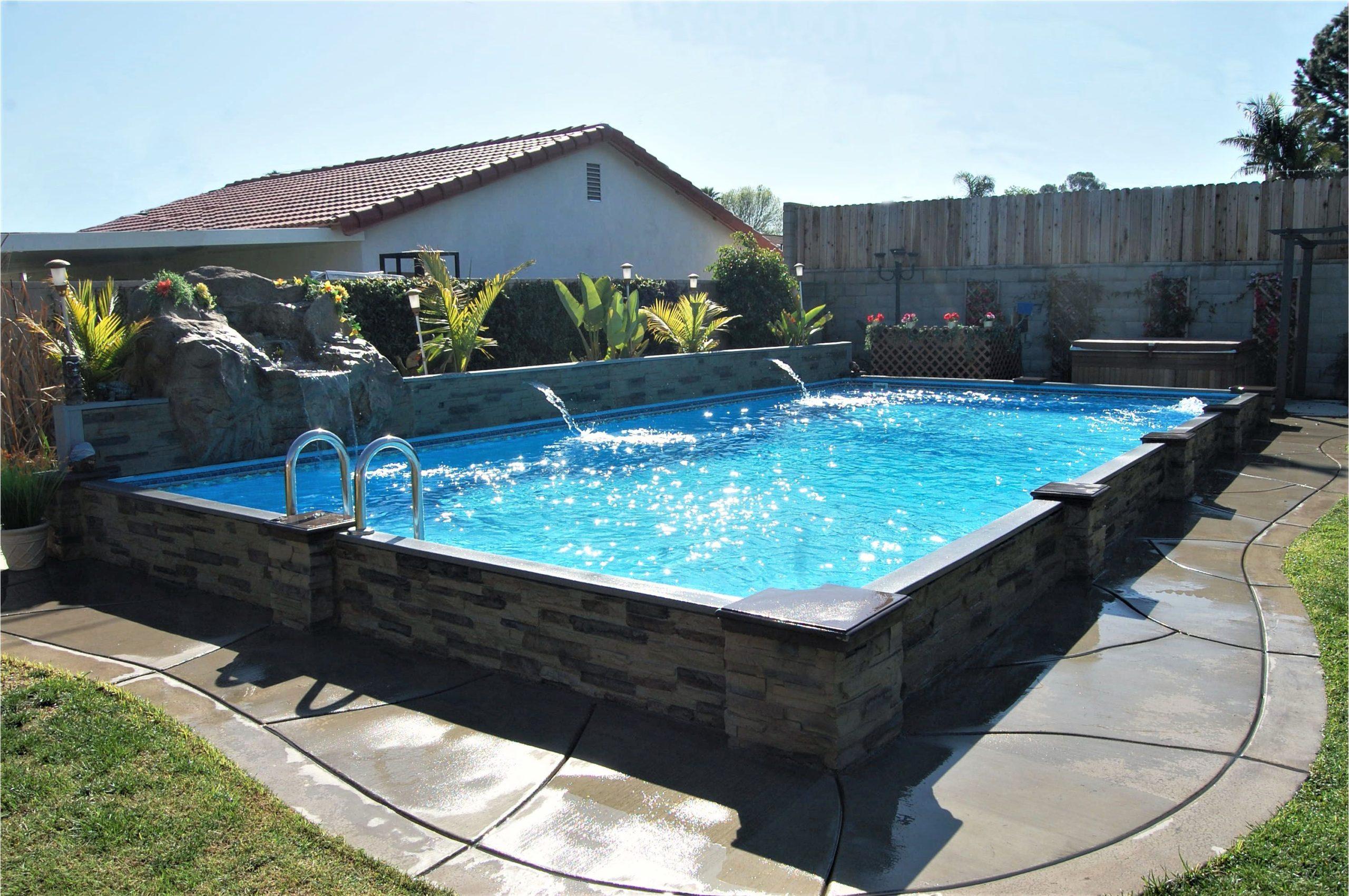 99/5000 Pour ajouter une piscine à votre jardin, il existe un nombre surprenant d'options.
