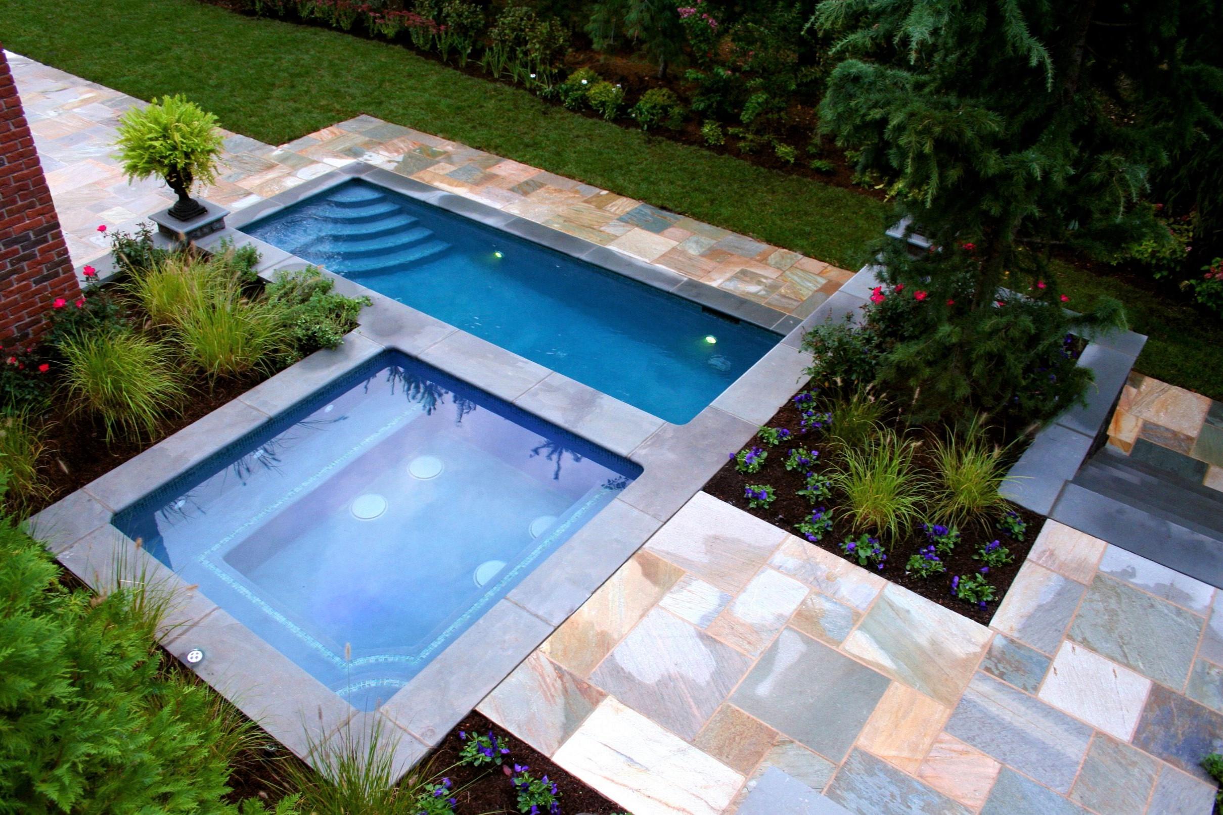 Une piscine est un ajout si important pour votre cour et certains aspects de votre jardin vont déterminer le type de piscine que vous pouvez installer.