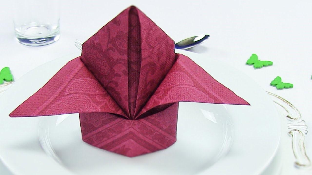 La prochaine fois que vous invitez des invités, créez quelque chose de spécial avec les serviettes.