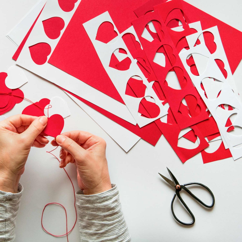 Activités de la Saint-Valentin: décoration romantique DIY.