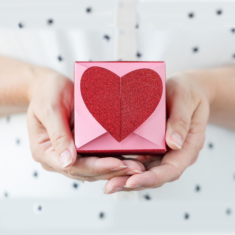 Boîte cadeau romantique.