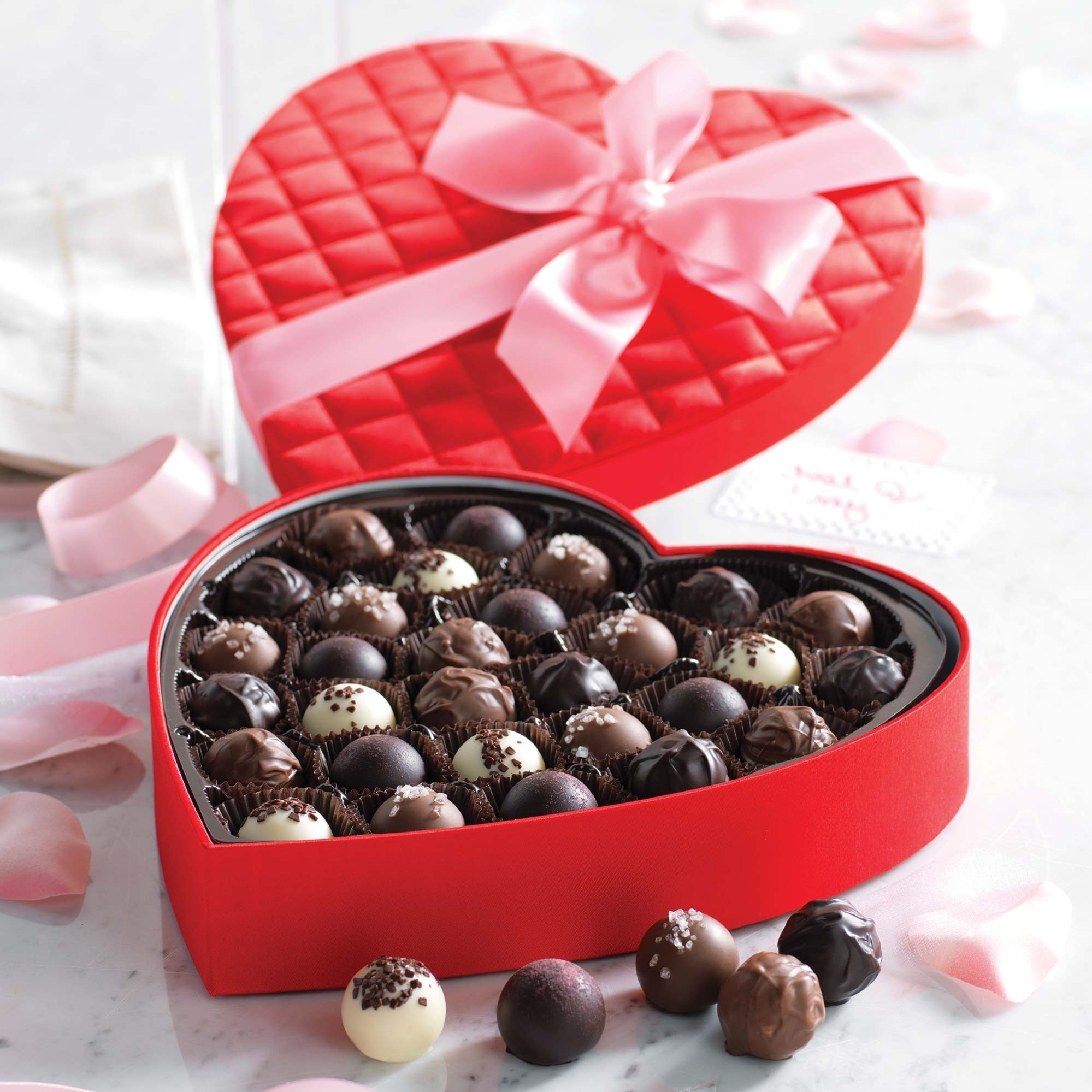 Boîte de chocolat romantique.