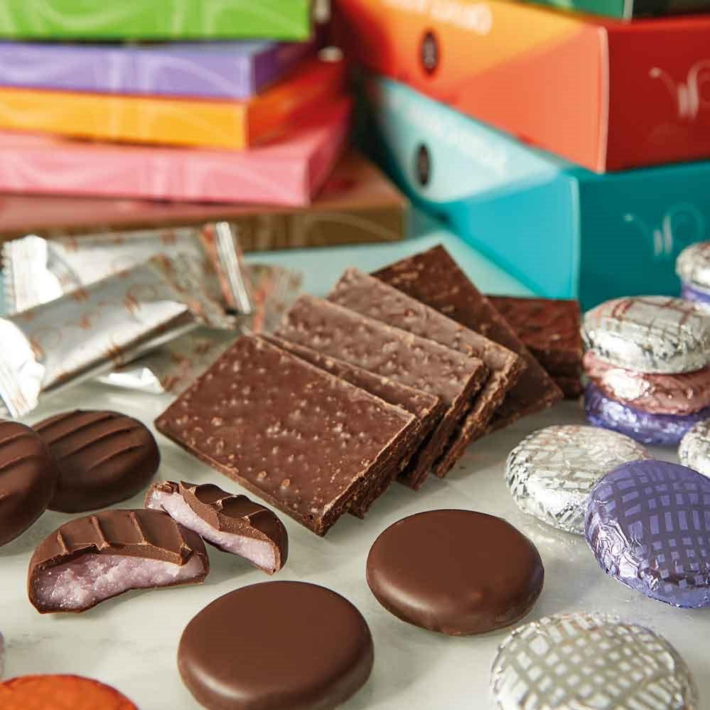 Variété de bonbons au chocolat.
