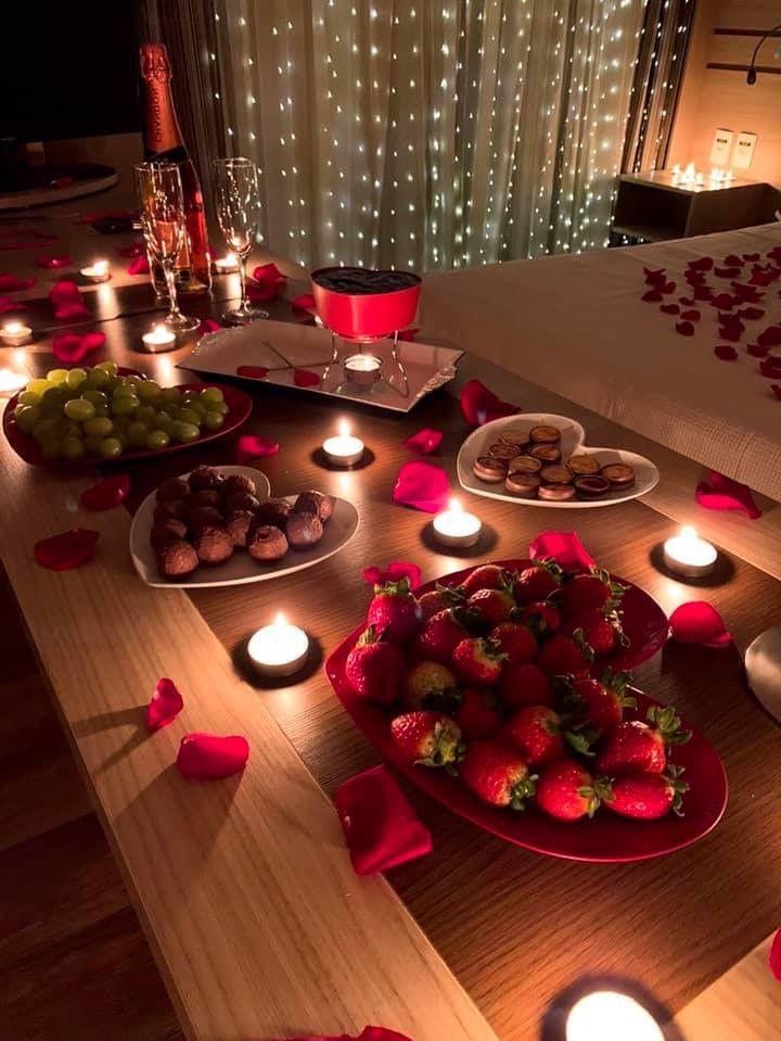 Atmosphère romantique pour votre dîner festif.