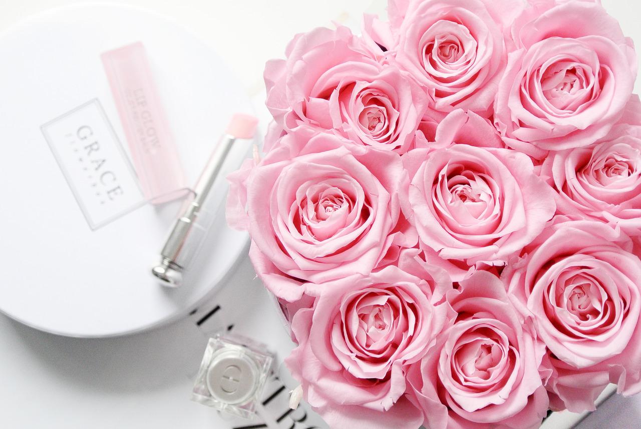 Roses roses pour votre chéri.