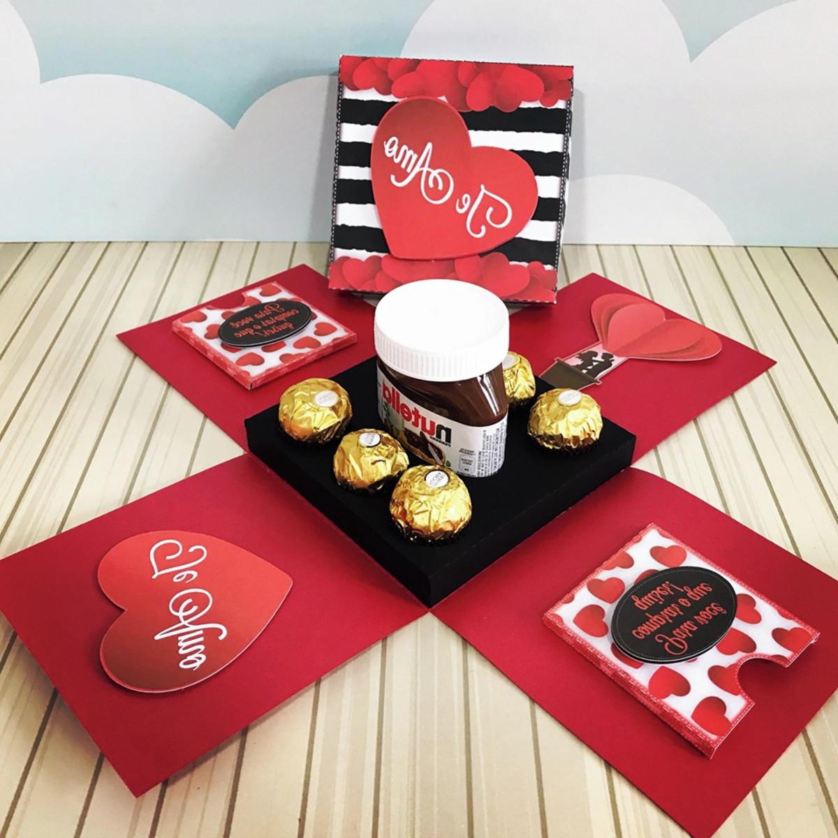 Boîte de Nutella à la main pour la Saint-Valentin