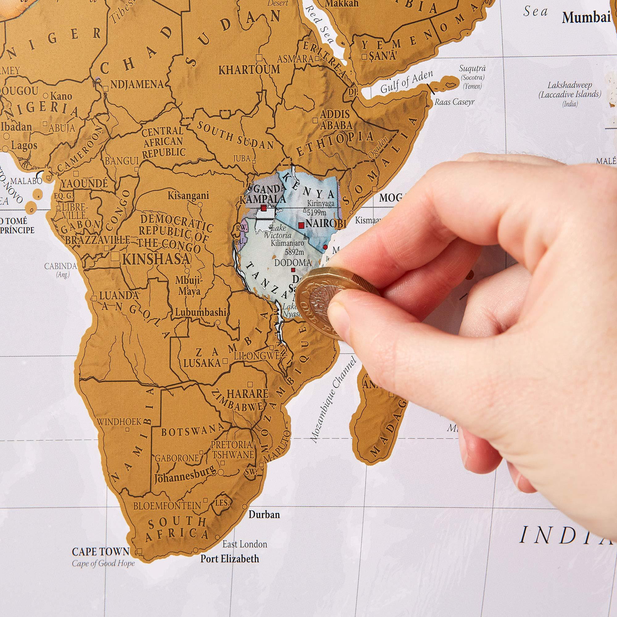 Cadeau original pour la Saint Valentin pour homme: carte du monde à gratter.