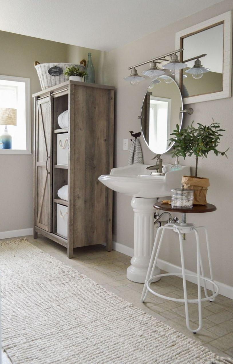 Fabriquer un meuble pour la salle de bains en quelques étapes faciles.