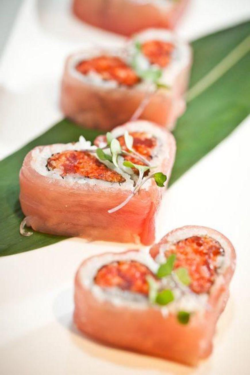 Sushi en forme de coeur.