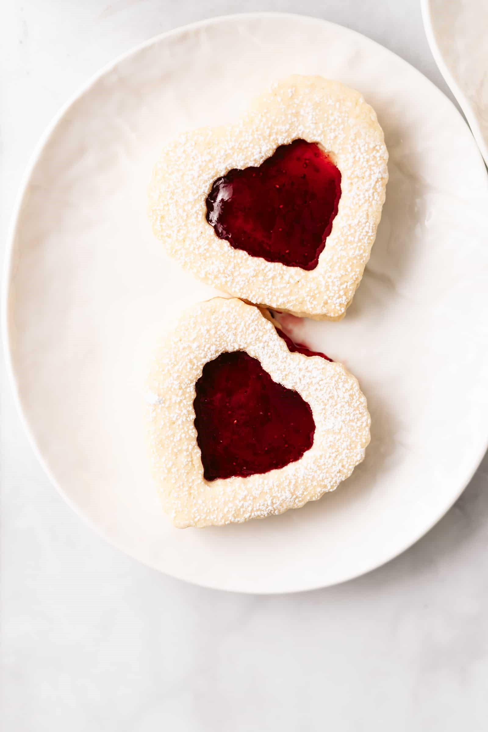 Biscuits en forme de coeur.