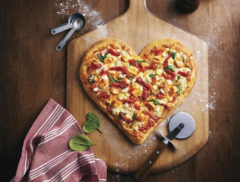 Idées de repas pour la Saint-Valentin: pizza romantique.