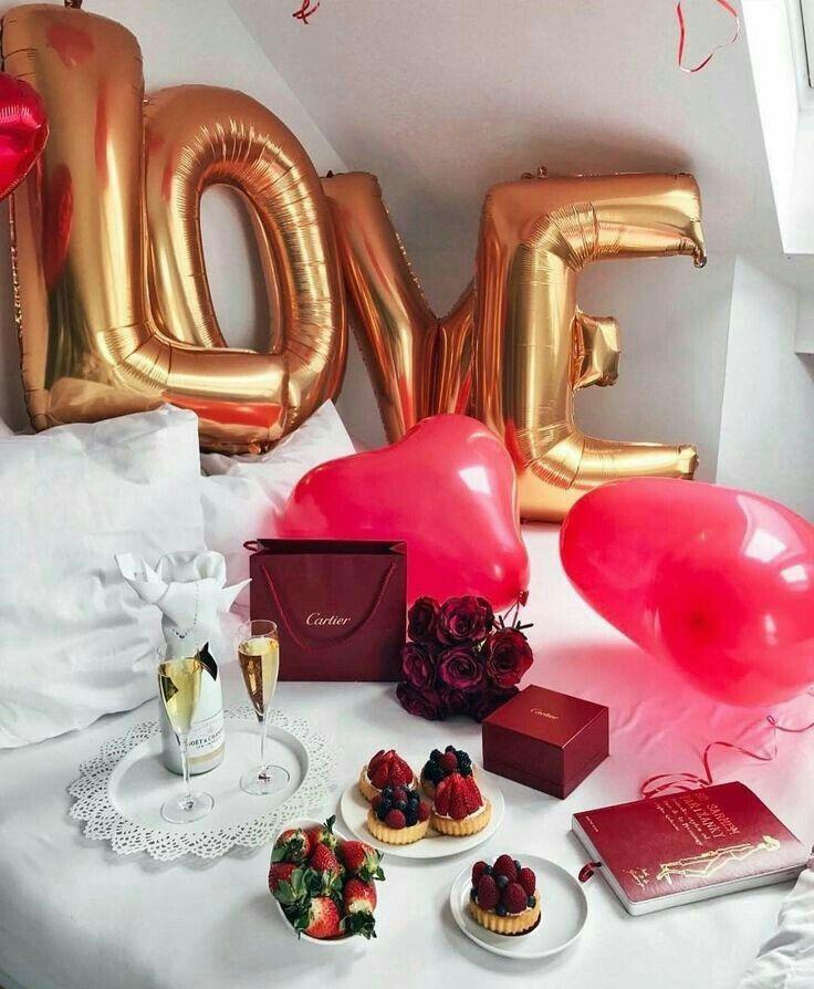 Surprise romantique pour la fête des amoureux.