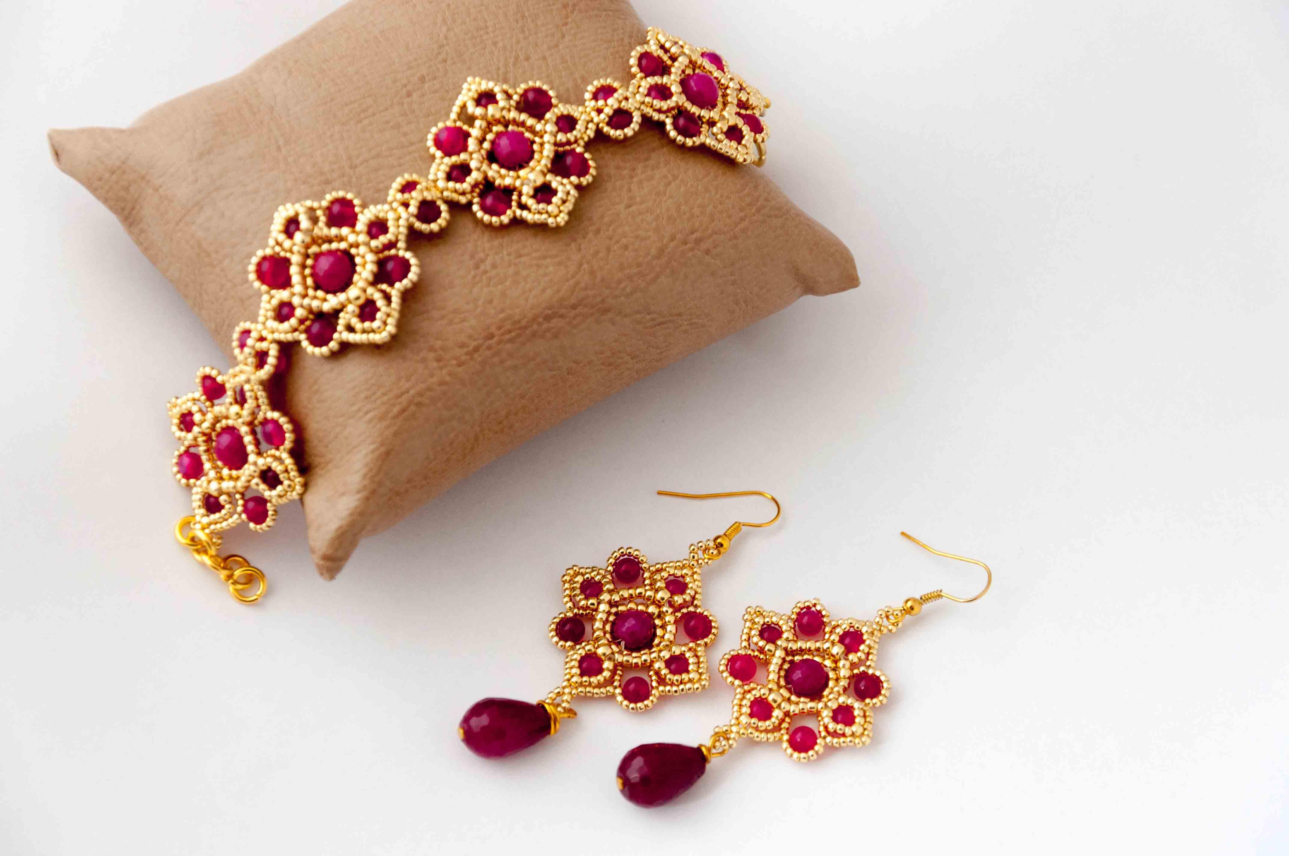 Le collier et boucles d'oreilles bijoux Saint Valentin