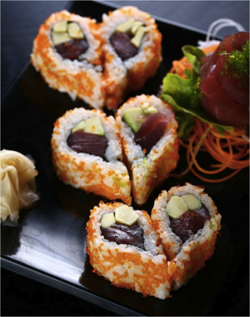 Repas romantique facile: sushi en forme de coeur.