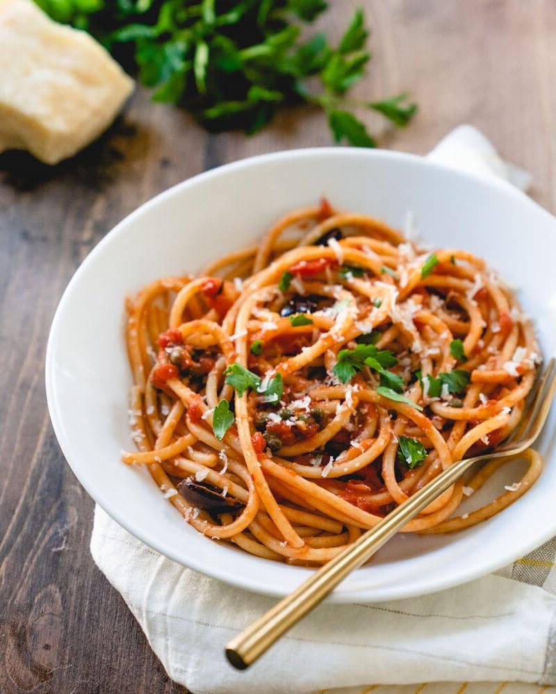 Repas romantique facile: spaghettis.