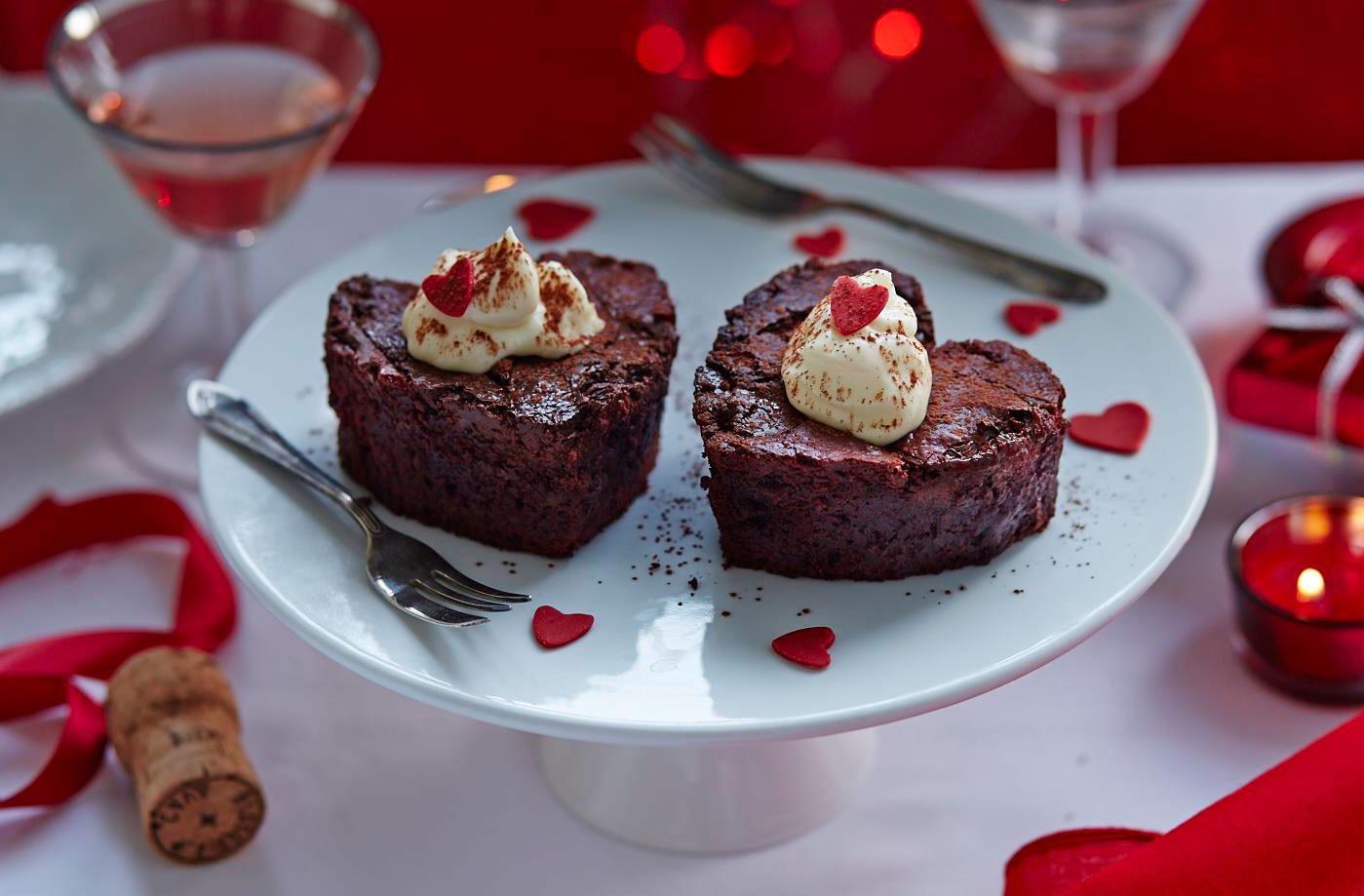 Repas romantique facile: moelleux au chocolat.