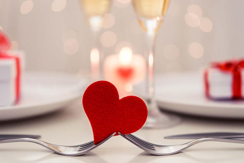 Surprenez votre chéri avec un dîner spécial pour la Saint-Valentin.