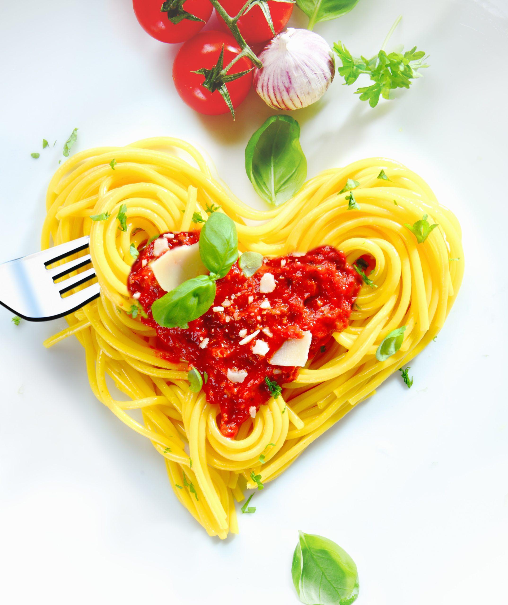 Repas romantique facile à preparer - spaghettis.