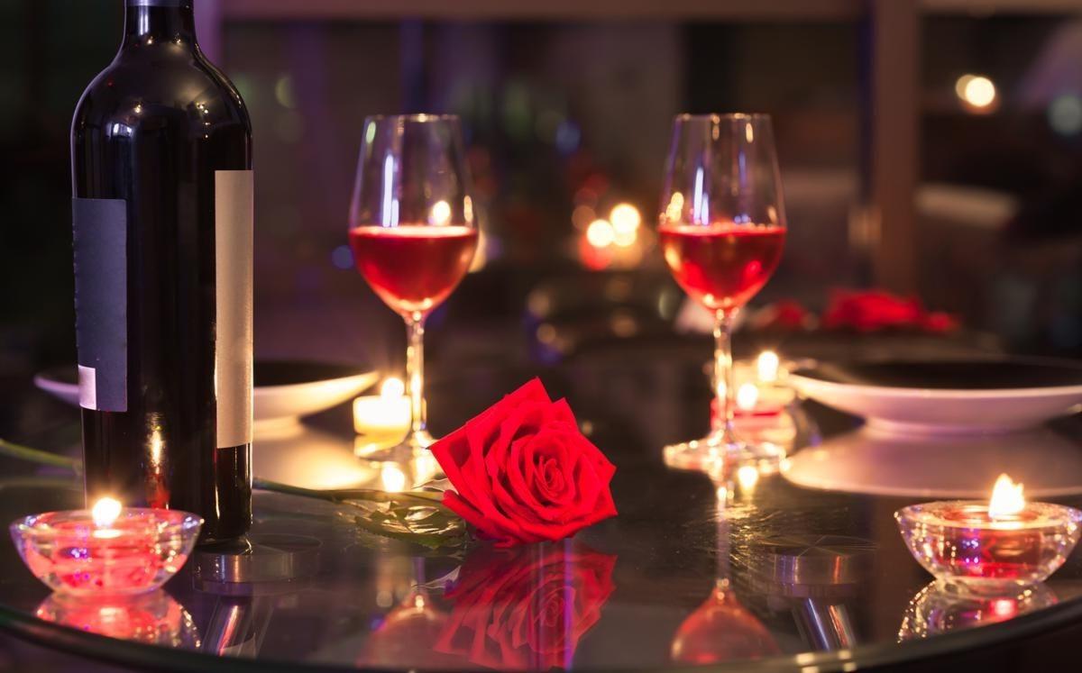 Dîner romantique pour deux.