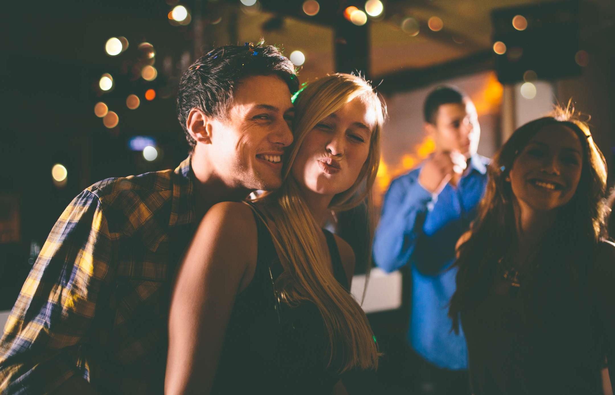 Allez danser ensemble et amusez-vous!