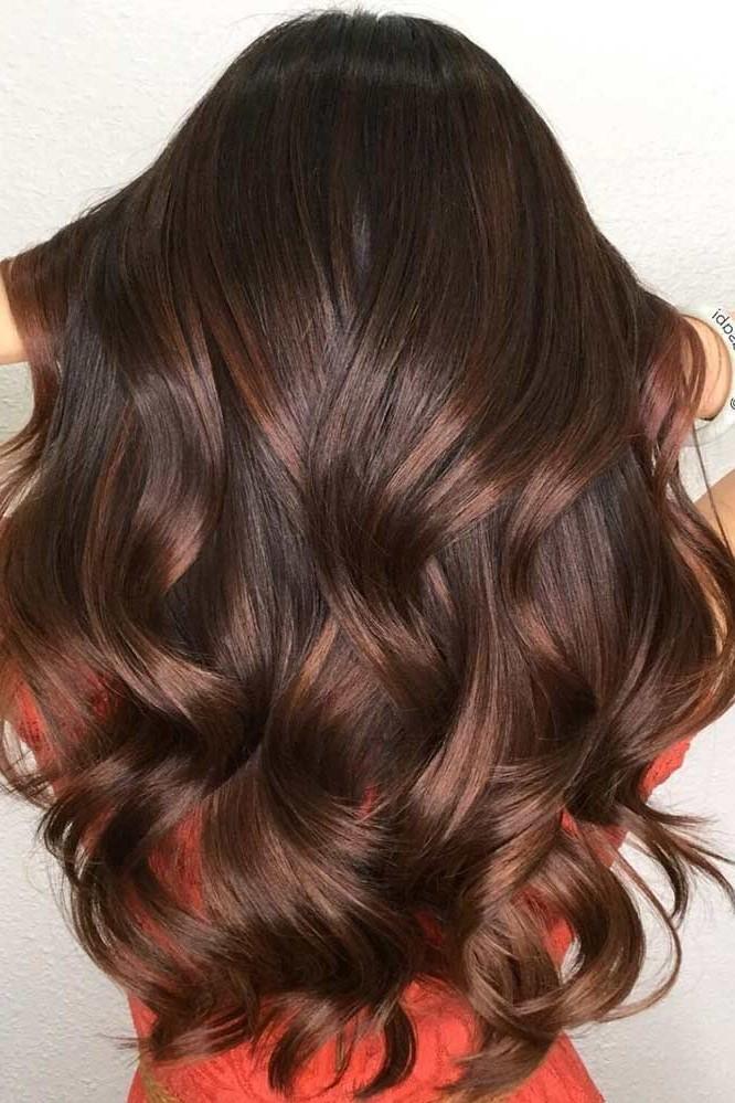 Coupe pour les cheveux ondulés.