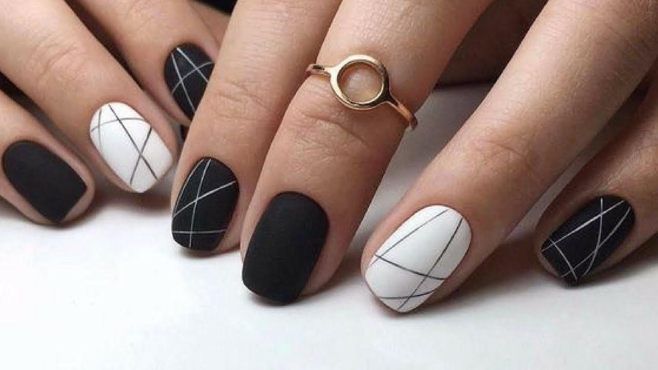 Manucure minimaliste.