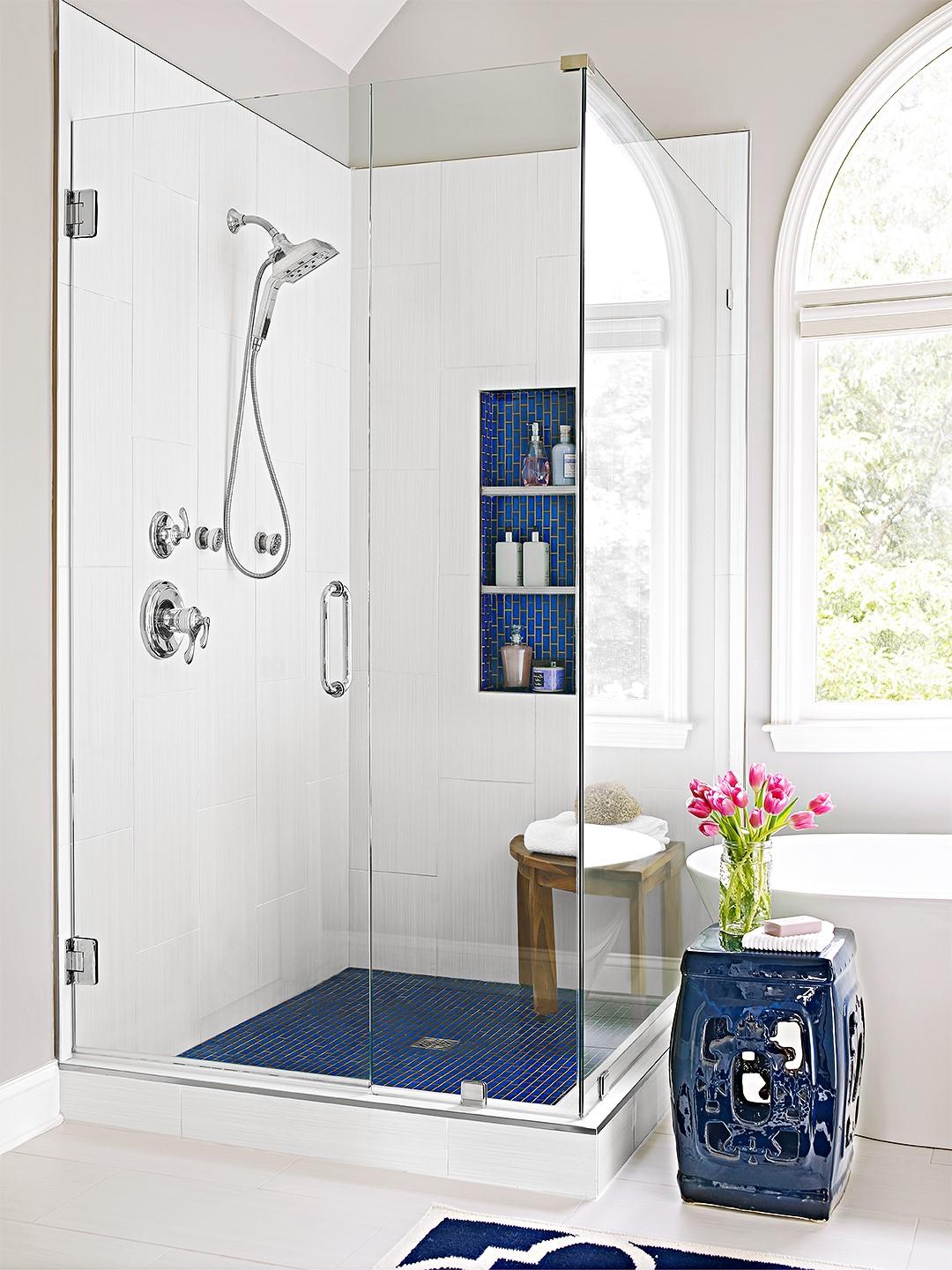 Choisissez à installer une douchette dans la salle de bains.