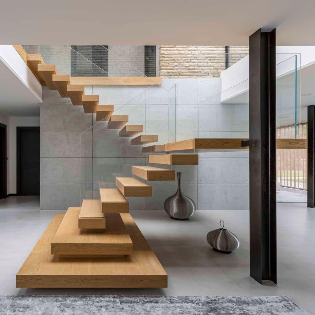 Conception d'escalier moderne et créative.