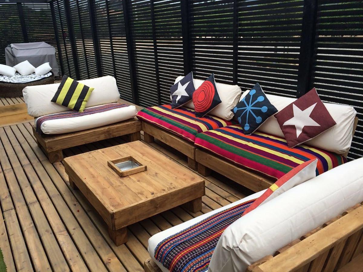 Idée pour meubler une terrasse avec des meubles en palette