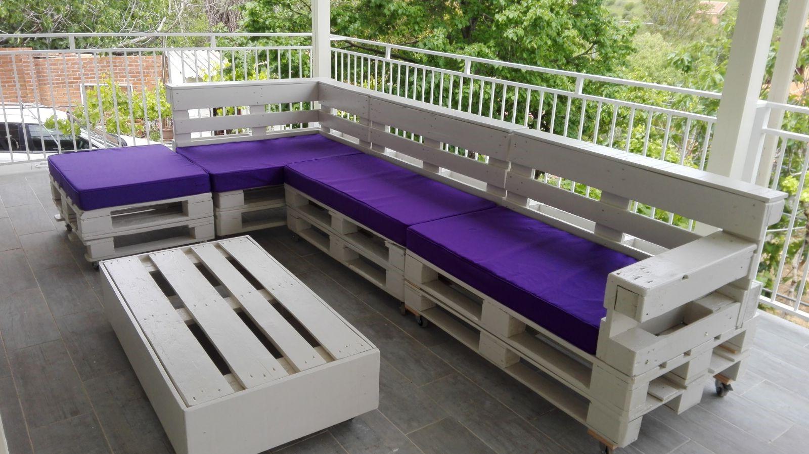 Canapé de terrasse en palette blanc