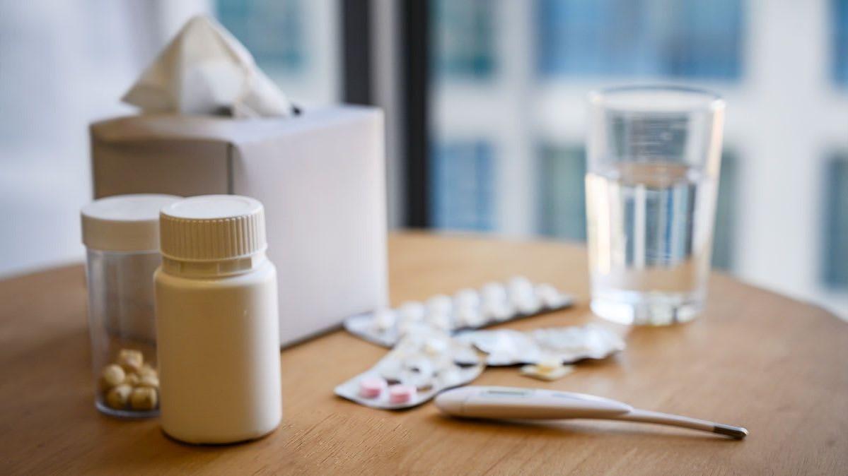 Si vous ressentez des symptômes du coronavirus, prenez du paracétamol au lieu de médicaments anti-inflammatoires.