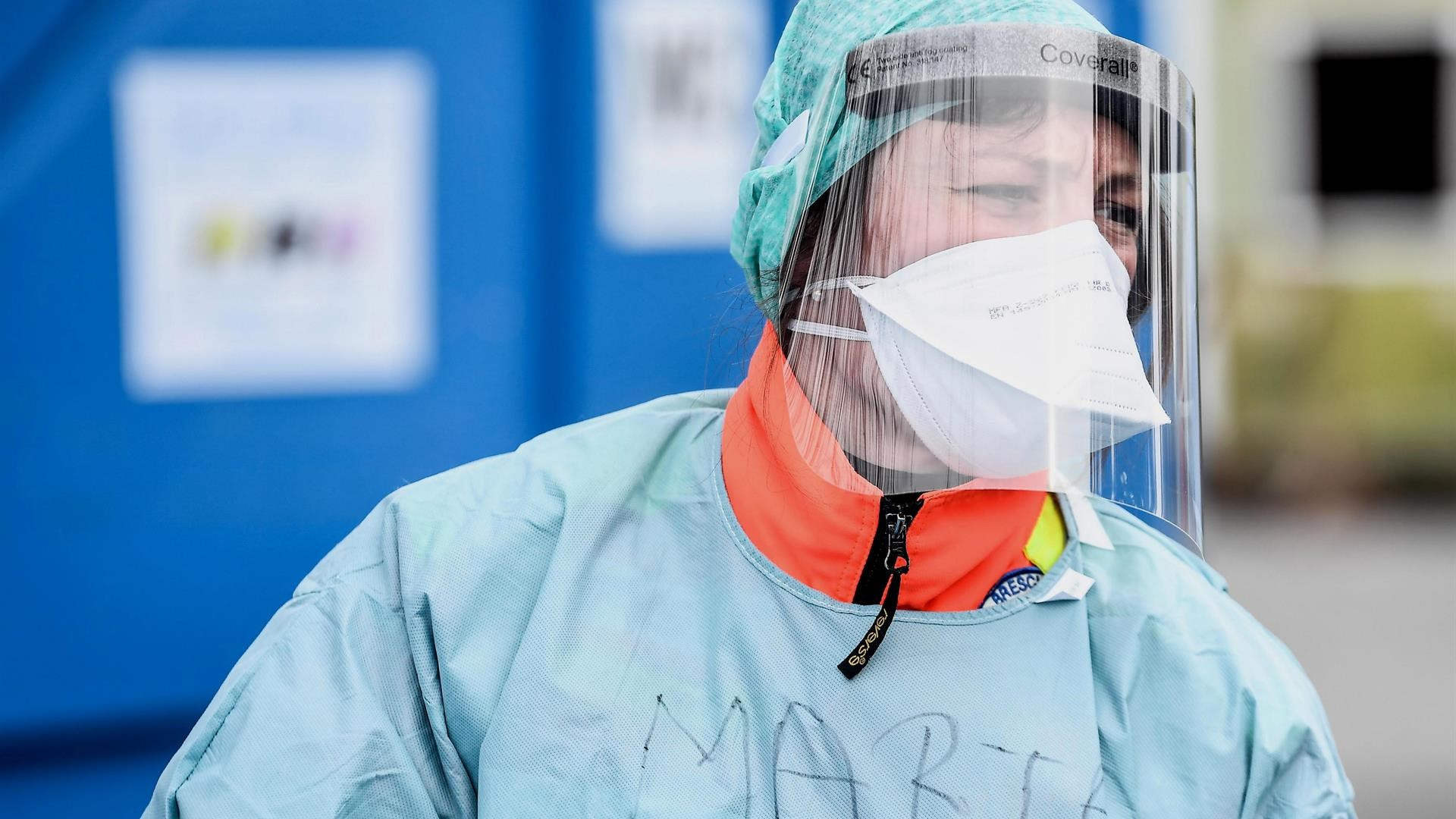 Un jeune médecin dans la lutte contre le coronavirus