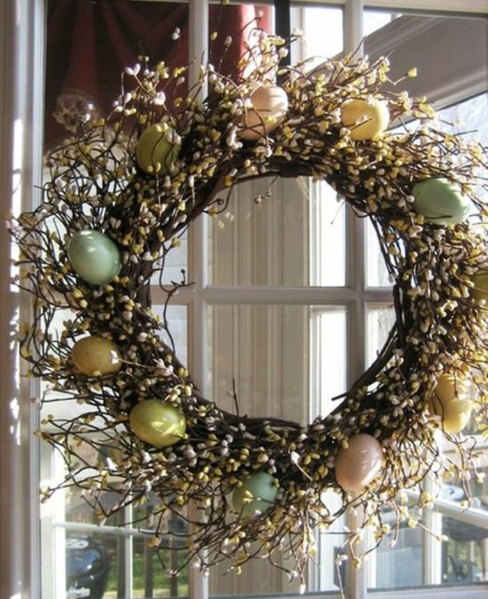 Une belle couronne de Pâques faite par vous-même
