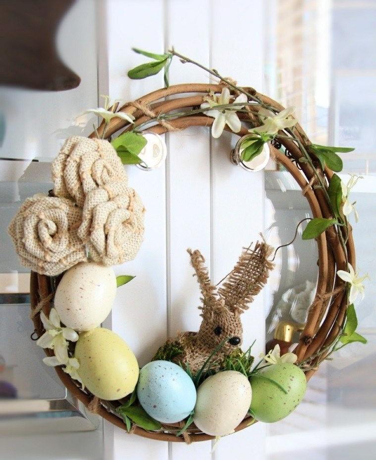 Couronne de Pâques à faire soi-même avec des branches de saule