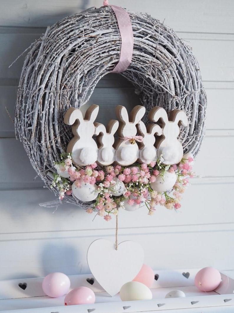 Couronne de Pâques à faire soi-même avec des lapins