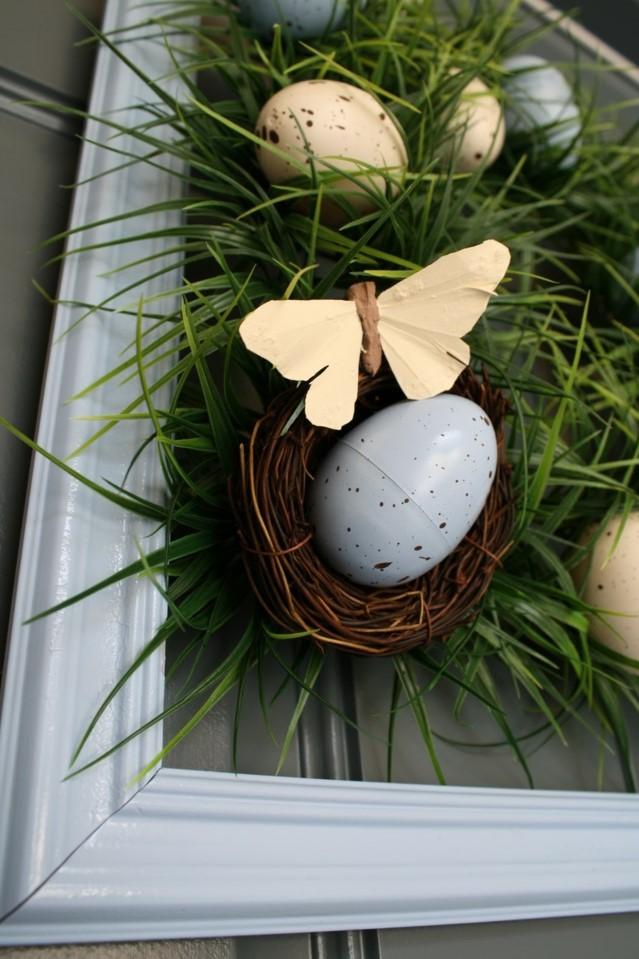Couronne de Pâques faite par vous-même - avec des papillons