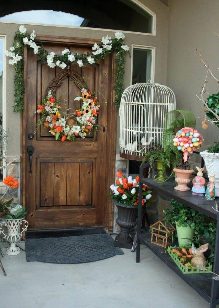 Une excellente idée pour décorer l'entrée de Pâques