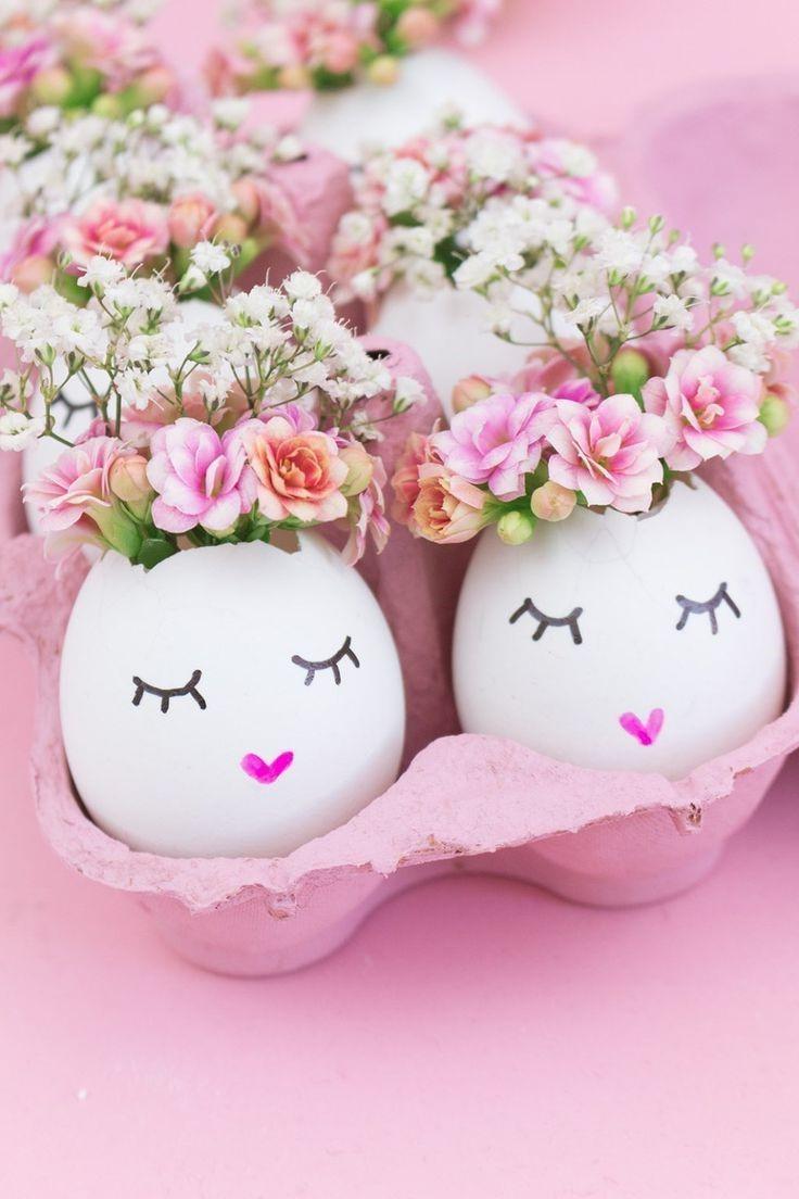 Décoration de Pâques avec des oeufs vidés