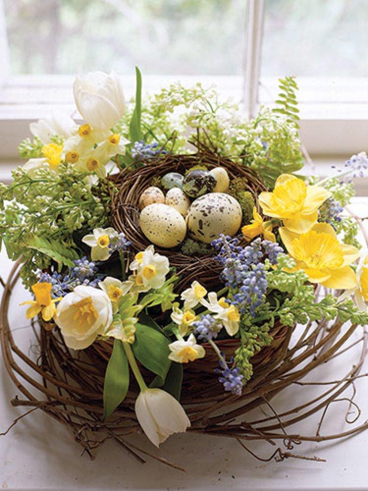 Décoration de nid d'oeuf pour Pâques