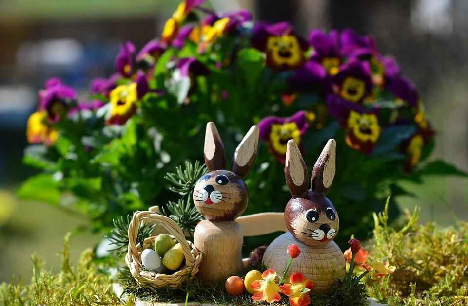Décoration de figures en céramique pour Pâques