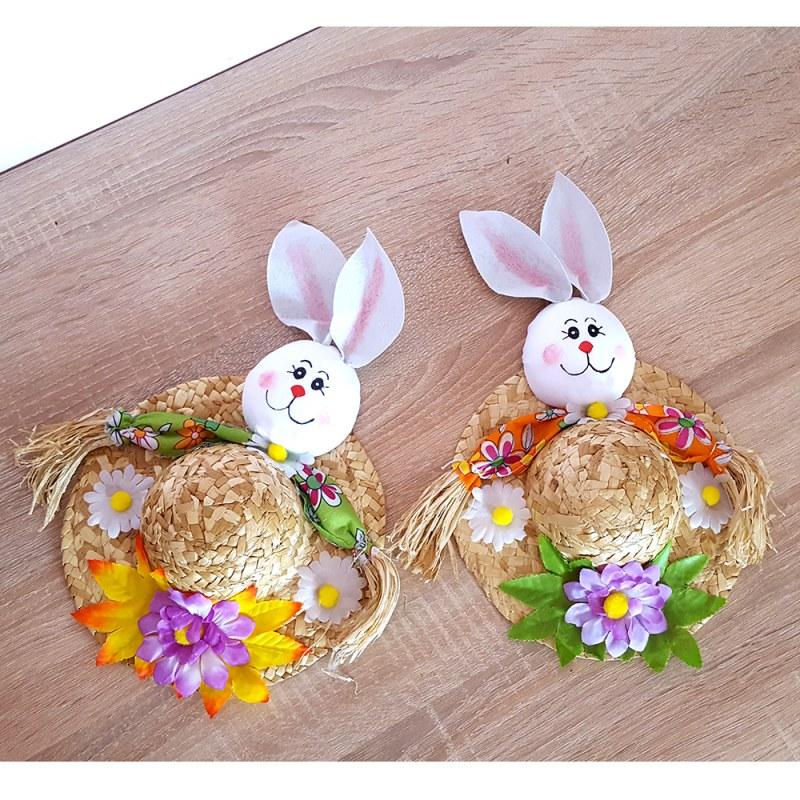 Décoration de Pâques - nid et lapins