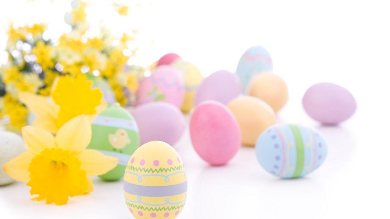 Oeufs de Pâques décoration peinte