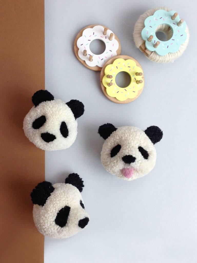 Pandas en fil mignons.