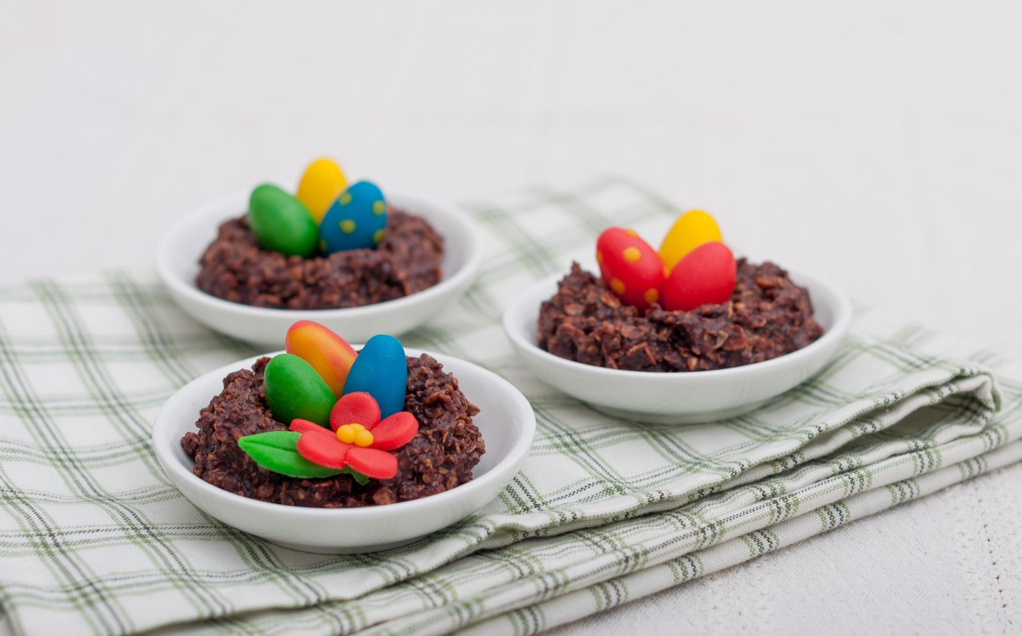 Dessert de Pâques - nid aux oeufs en chocolat