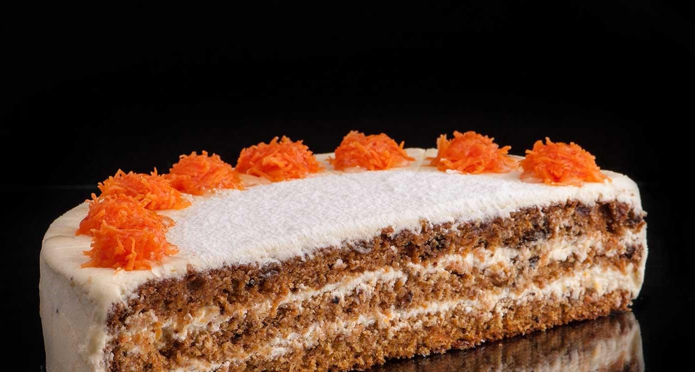 Dessert de Pâques - délicieux gâteau aux carottes