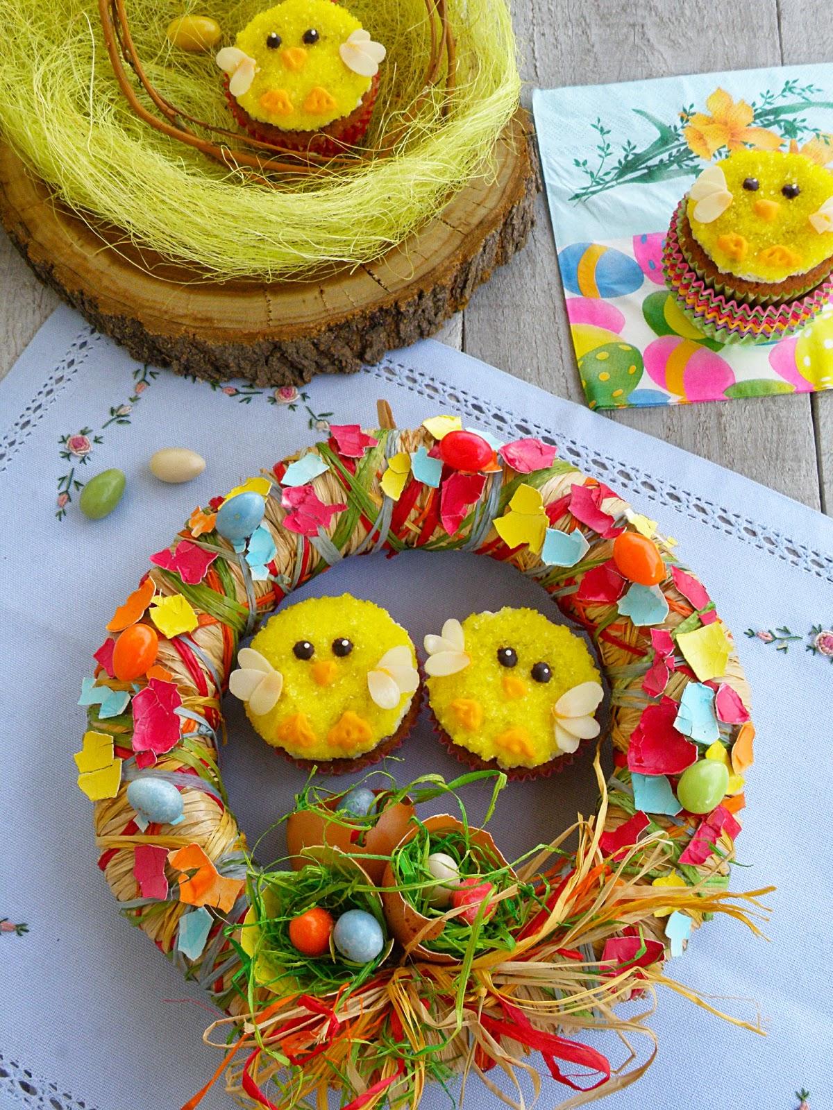 Dessert de Pâques - gâteau en forme de nid