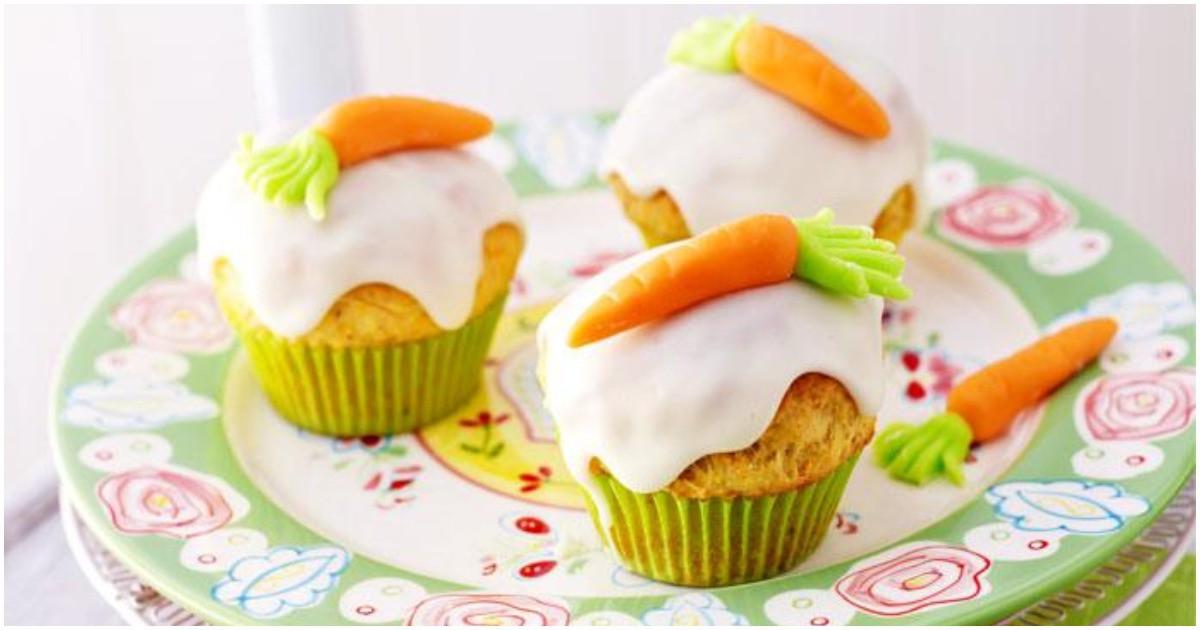 Dessert de Pâques - muffins à la carotte et au chocolat blanc