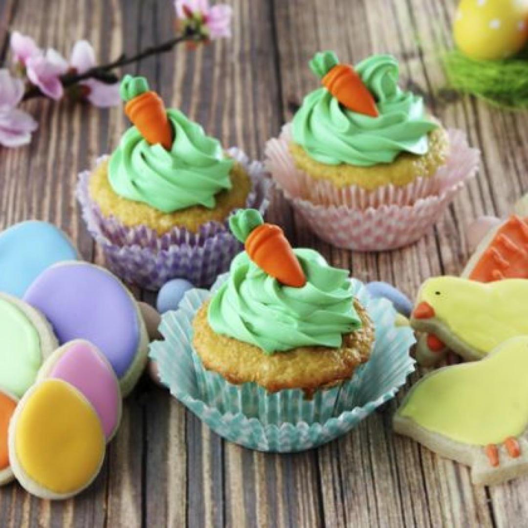 Dessert de Pâques - muffins aux carottes et à la vanille